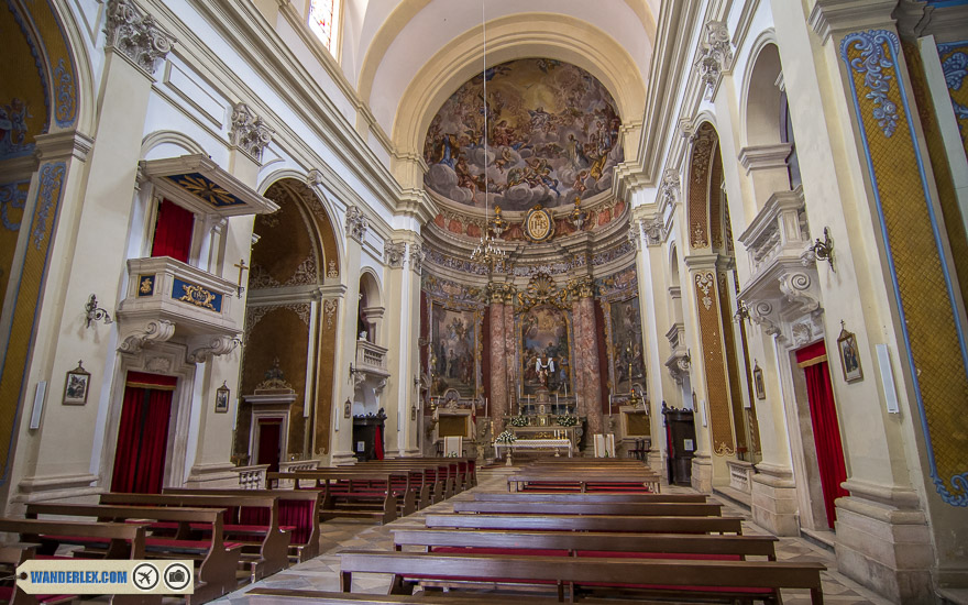 Interior-of-St-Ignatius-Church-in-Dubrovnik