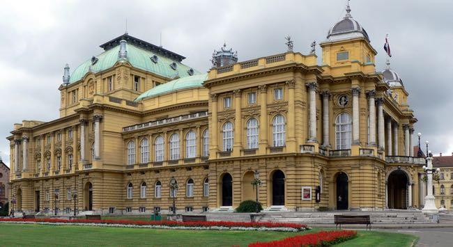croatian-national-theatre-building-attractions-photo-1
